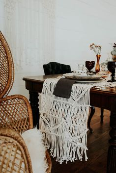 Macrame table runner | Image by Peyton Rainey Photography and Chelsea Denise Photography