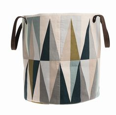 FermLiving Spear or Triangle Baskets by: Ferm Living - Huset-Shop.com