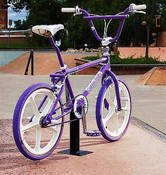 Mongoose Bmx, Vintage Bmx Bikes, Bmx Cruiser, Bmx Street, Bmx Racing, Bmx Freestyle, Bmx Bicycle, Skate Park, Bike Life