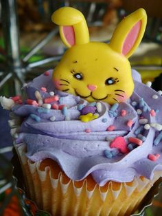 Easter cup cake