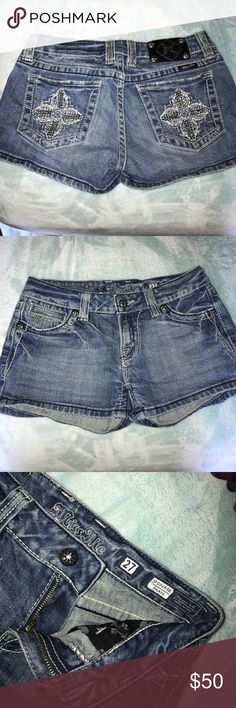 Miss Me Short Embellished Pockets Size 27 Worn a few times when I was in my teens but no longer fit me as they are too big. In good condition with minor wear on belt loops. Miss Me Shorts Jean Shorts