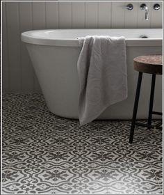 Berkeley Charcoal Tile