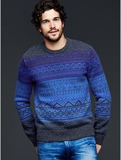 Look good in cooler temperatures in Gap sweaters for men. Shop men's sweaters and you're sure to upgrade your knits. Cashmere Sweater Men, Men Sweater, Burberry Men, Gucci Men, Winter Fashion, Men Casual, Mens Fashion, Men's Knitwear, Men's Outerwear