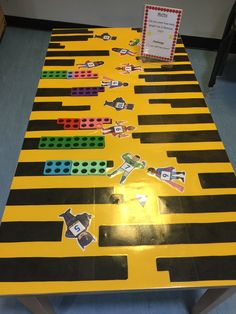 Numicon City Maths Eyfs, Eyfs Classroom, Superhero Classroom, Year 1 Maths, Early Years Maths, Numicon Activities, Numeracy, Nursery Activities, Preschool Activities
