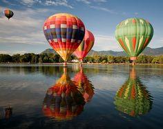 Balloon_hot-air-balloon-color-water