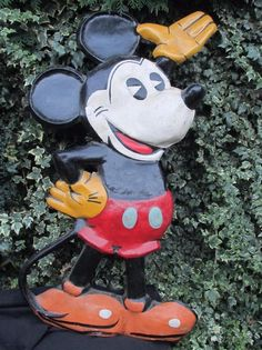 VIDEO Old King Cole Mickey Mouse Cinema Display 1930 Papier Mache 42inch Theatre