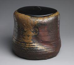 Water pot, Edo period (1615–1868), ca. 1625  Japan  Bizen pottery; lacquer cover