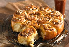 These wonderfully sticky buns are a sweet treat that can be enjoyed any time Cinnamon Scrolls, Cream Bun, Sweet Dough, Sweet Buns, Sticky Buns, Little Cakes, Fresh Bread, Round Cake Pans, Sweet Recipes