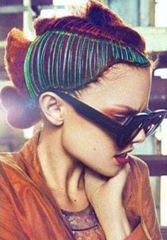 В моду входят разноцветные нити в волосах - Мемы и тренды - Европа Плюс Онлайн Радио | Online Radio Europa Plus