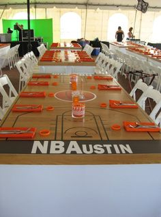 Love this tables cape for a Basketball-themed party! Use electrical tape and tablewrap? Basketball Baby Shower, Basketball Birthday Parties, Sports Birthday, Sports Party, Basketball Court, Bar Mitzvah Themes, Bar Mitzvah Party, Bat Mitzvah, Party Themes