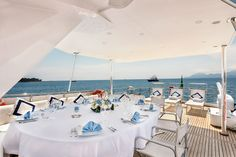 Antisan Yacht - Dining on Deck