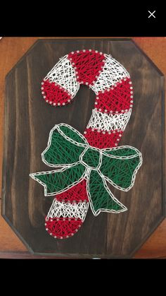 Nails winter art candy canes New Ideas String Wall Art, Nail String Art, String Crafts, Yarn Crafts, Diy And Crafts, Arts And Crafts, Resin Crafts, String Art Templates, String Art Patterns