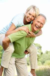 Lifestyle Changes For Healthy Aging Older Couples, Mature Couples, Hormone Supplements, Bioidentical Hormones, Growing Old Together, Growth Hormone, Medical News, Healthy Aging, Lifestyle Changes