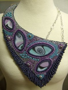 Üppiges Collier by glasperle, via Flickr