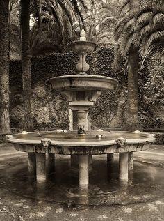 """Fuente de los """"Jardines de Abajo·, """"Carmen de los Mártires"""", Alhambra, Granada.   por maldonado photography"""