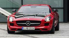 Mercedes SLS, 591 hp V8