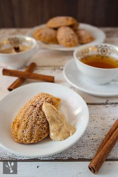 sia´s soulfood foodblog: Es wird zimtig - Zimtige Krokant-Madeleines mit Ma...