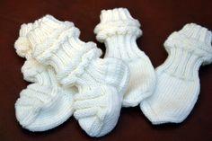 KARDEMUMMAN TALO: 2016 Drops Karisma, Knitting Socks, Yeezy, Knit Crochet, Adidas Sneakers, Gloves, Kids, Handmade, Baby