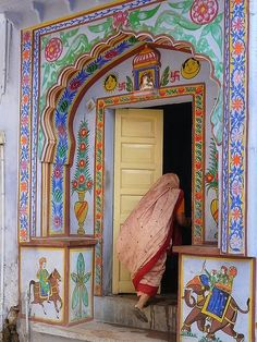An artistic escape.Bundi.
