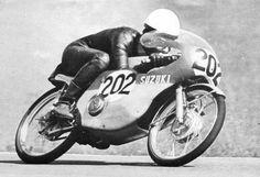 Hans Georg ANSCHEIDT (D) 50 cc Champion - 1968.