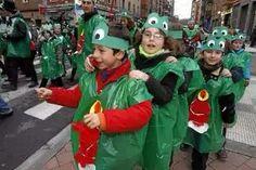 Disfraz de Rana con bolsa de basura verde. http://www.multipapel.com/subfamilia-bolsas-basura-colores-para-disfraces.ht
