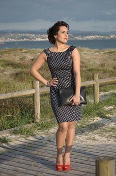 60´s classic elegance polka dots dress and poppy heels