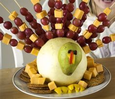 thanksgiving kids table ideas | Crunchy Peas shows off their cute version of Family Fun's Fruit ...