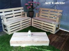 There are many ideas for the furniture made for the patio; the area should be decorated to make it look outstanding. The wood pallet table is so simple and it is easy to make as well, the style can be changed according to the mind. Depending on the remaining furniture, the set can be painted with any hue.