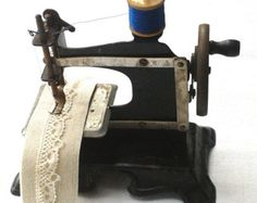 Antique Childs Toy Sewing Machine French German? Tin Plate Vintage Straight Stitch Sewing Machine