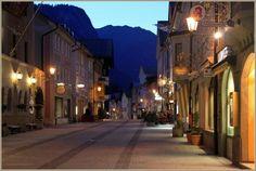 Quiet street in Bavarian ski-resort Garmisch-Partenkirchen.