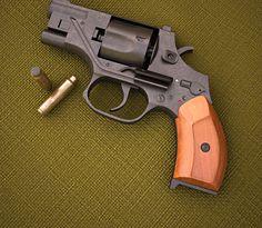 """gun-gallery: """"OTs 38 Silent Revolver - 7.62x42mm SP-4 """""""