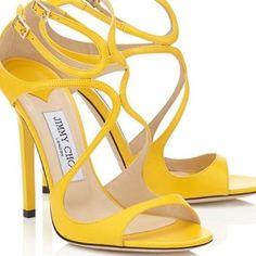 Aposte no amarelo! #jimmychoo#shoes#style#glam#loveit#loveshoes#inspiration#instashoes