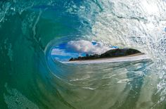 Haleiwa photographer captures the perfect wave, from the inside - Hawaii News Now - KGMB and KHNL