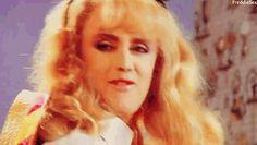 Roger Taylor in Queen video. I Am A Queen, Save The Queen, Queen Banda, Queen Drummer, Roger Taylor Queen, Queen Meme, Memes, Ben Hardy, Baby Girl Hair
