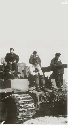 A Tiger 1 and it's crew at pause during a seemingly never ending conflict.