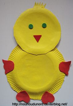 Poussin de Pâques réalisé avec des assiettes en cartons, explications sur mon blog