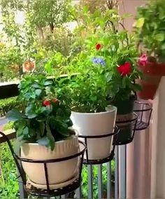 Balcony Herb Gardens, Small Balcony Garden, Small Balcony Decor, Balcony Plants, House Plants Decor, Apartment Patio Gardens, Potted Plants Patio, Balcony Gardening, Pot Plants