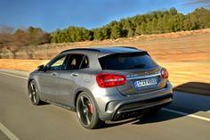 Power GLA: Erste Fahreindrücke: Mercedes-Benz GLA 45 AMG Mercedes Benz Amg, Audi Cars, Offroad, Dream Cars, Rv, Engineering, Clothes, Cars, Germany