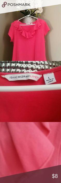 Isaac Mizrahi Short Sleeved Shirt Gently used Isaac Mizrahi Tops Tees - Short Sleeve