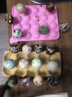 Cake pops Cake Pops, Desserts, Food, Diy Home Crafts, Meal, Cakepops, Deserts, Essen, Hoods