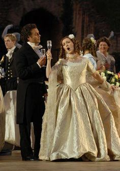 Des camélias pour Alphonsine (3) : La Traviata