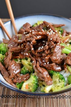 I love beef teriyaki fast fried tender strips of beef with a delicious sweet soy sauce The traditional sauce for teriyaki usually consists ofsugar soy sauce mirin and sake to make a thick syrupy sauce but on Slimming World that works out quite high Dairy Free Recipes, Paleo Recipes, Asian Recipes, Cooking Recipes, Gluten Free, Slimming Eats, Slimming World Recipes, Slimming World Stir Fry, Slimming World Dinners