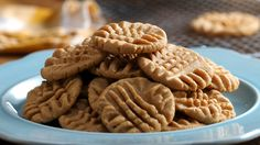 3 Ingredient Peanut Butter Cookies 9 Desserts For Peanut Butter Lovers Peanut Butter Cookies 3 Ingredient Recipe, Cookies Ingredients, Baking Recipes, Cookie Recipes, Dessert Recipes, Baking Tips, Pasta Recipes, Bread Recipes, 3 Ingredient Recipes