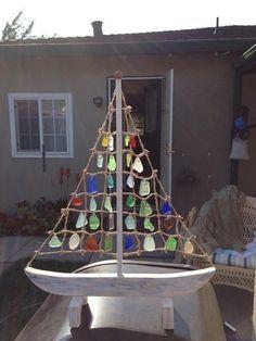 Sea Glass Sailboat | Community Post: 30 DIY Sea Glass Projects #seaglass #fakeseaglassdiy
