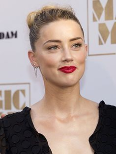 In case you're not a celebrity beauty stalker, allow us to alert you to the fact that Amber Heard has been killing it on the red carpet lately. We've recently spotted her rocking a slew of old-Hollywood-inspired looks on...