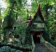 Hobbit House Storybook Homes Storybook Cottage Magical Home Fairy Houses Hobbit Houses & 173 best Hobbit House images on Pinterest | Cottage Log homes and ...