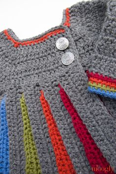 Crochet Sweaters Free Pattern: Eloise Baby Sweater - moogly - The idea for this crochet sweater has been growing in my brain and, I'm so glad it did! The Eloise Baby Sweater is the result - and it was worth the wait! Crochet Baby Sweaters, Crochet Baby Clothes, Crochet Girls, Crochet For Kids, Baby Knitting, Gilet Crochet, Knit Or Crochet, Free Crochet, Pull Bebe