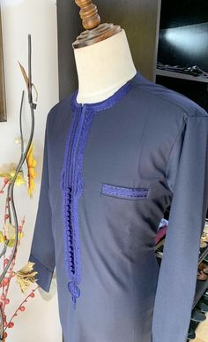 Latest Nigerian men traditional and native wears styles and designs for Naija men to rock. these are the best native senator styles for men African Wear Styles For Men, African Dresses Men, African Attire For Men, African Clothing For Men, Nigerian Men Fashion, African Men Fashion, Classy Suits, Classy Men, Business Casual Outfits