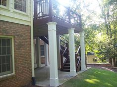 Dream Deck by with decking, wrapped support columns Trex Decking, Laying Decking, Composite Decking, Decking Ideas, Backyard Projects, Outdoor Projects, Deck Design, House Design, Support Columns