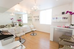 Inside the Kelley Baker Brows salon on Abbot Kinney Blvd, Venice, CA. You can also visit us at http://www.kelleybakerbrows.com